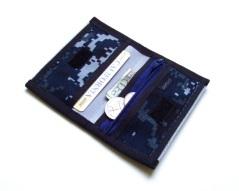 Slim Mini Deluxe Credit Card Wallet with Zipper Pocket.