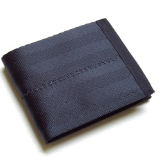 Billfold wallet in black.