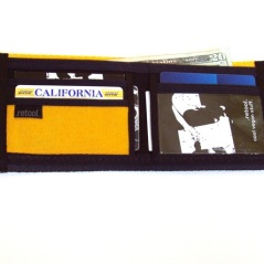 ID wallet in black and gold - interior view.