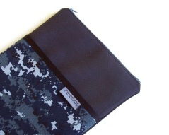 Nylon laptop case in blue digital camo