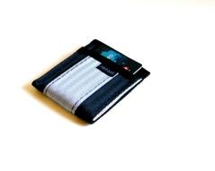 black-slver-mini-wallet-loaded